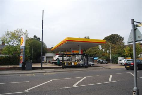 Shell Garage Road by Shell Garage Shipbourne Rd 169 N Chadwick Geograph