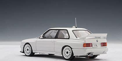Autoart Bmw M3 Dtm Plain Body Version  White (69147) In