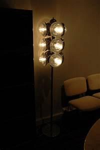 Lampadaire Design Italien : lampadaire design italien ~ Teatrodelosmanantiales.com Idées de Décoration