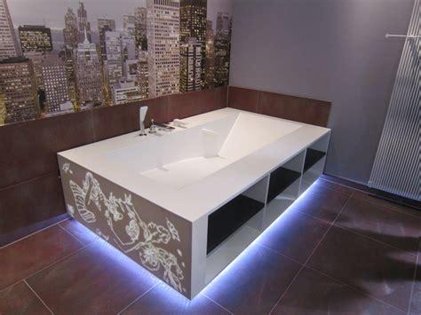 Baignoire En Corian cuisine corian salle de bain corian crea diffusion