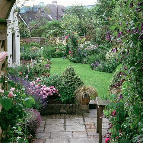 Cottage Style Backyards by Cottage Garden On Country