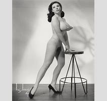 Miss Wow Vintage Porn Star Image