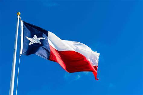 paul mccartney confused  chilean  texan flag