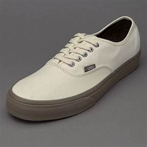 Cream shoes mens