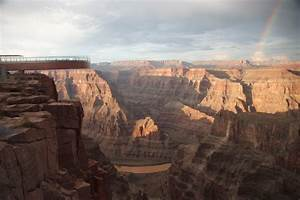 "VACATION: ""Sky Walk"" in the Grand Canyon"