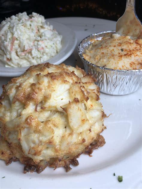crab cakes  baltimore nomtastic