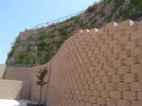 technical newsletter issue  retaining walls  fences