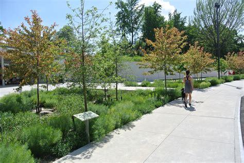 Garden State Plaza Hollister by Galer 237 A De Centro De Visitantes En El Jard 237 N Bot 225 Nico De