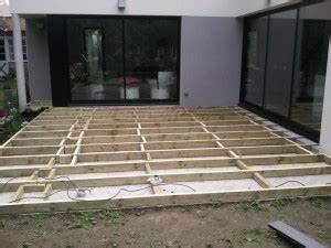 Pose Terrasse Composite Sur Dalle Beton : terrasse bois composite sur dalle beton ~ Carolinahurricanesstore.com Idées de Décoration