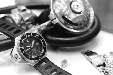 Ploprof Comex  Omega Museum Visit  Monochrome Watches. Gold Filled Bracelet. Ideal Cut Diamond. Blue Diamond Stud Earrings. Plain Gold Bracelet. Vintage Cartier Brooch. Buy Women's Jewelry Online. Alexandrite Sapphire. Beige Watches