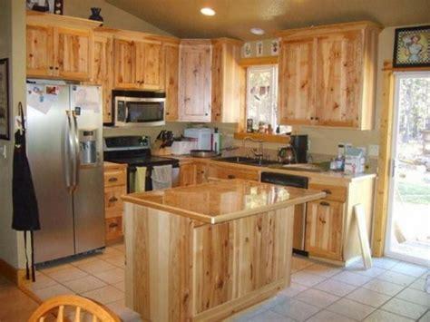 cabin style kitchen cabinets choosing log cabin kitchen cabinets