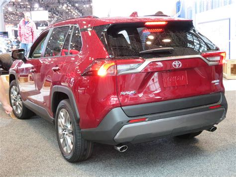 toyota rav adventure awd