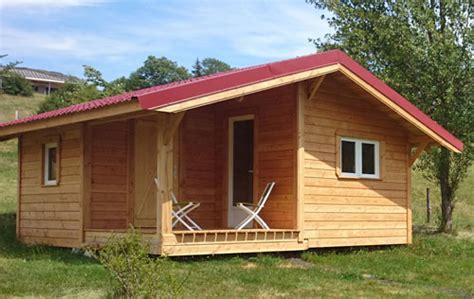 construire chalet en bois construire chalet de jardin ou de vacances sa roulotte cing et g 238 te d 233 l estela