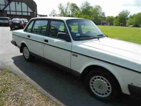 sell used 1992 volvo 240 good condition 4 cylinder clean in jewett city connecticut united