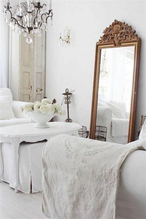 miroir dans une chambre comment d 233 corer avec le grand miroir ancien id 233 es en