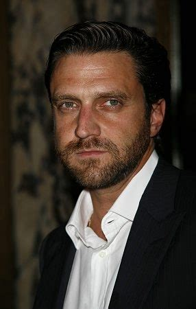 raul esparza  debut  hannibal tonight