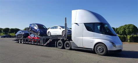 tesla  semi electric truck  deliver electric cars