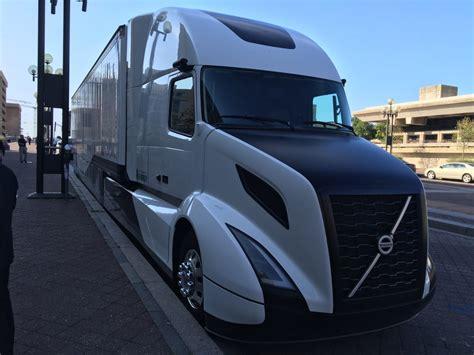 volvo trucks history volvo s supertruck testing yields 13 mpg bigrigvin