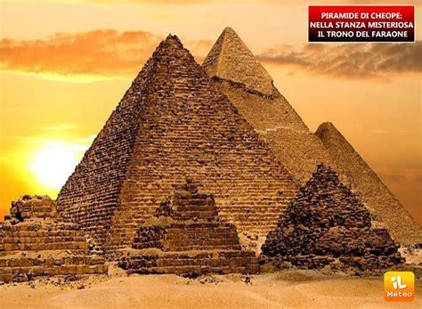 Interno Piramide Cheope Piramide Di Cheope Nella Stanza Misteriosa Il Trono