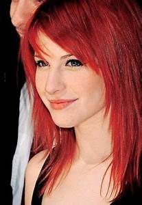 Hayley Williams (Paramore). I wish I could pull off that ...