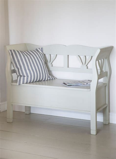 Small White Storage Benches