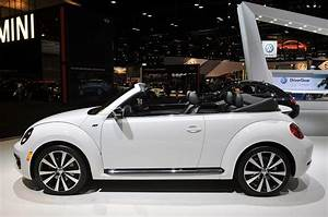 U00a9 Automotiveblogz  2014 Volkswagen Beetle Convertible R