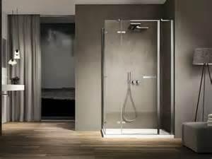 Suggerimenti e idee per arredare il bagno moderno