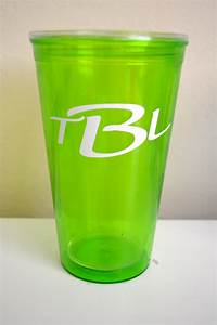 custom drink tumblers the perfect diy party favors for With vinyl letters for tumblers