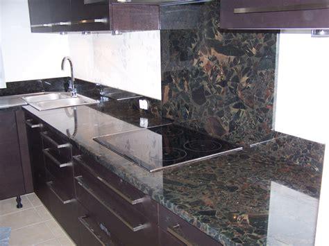 cuisine plan de travail marbre cuisine marbre et bois