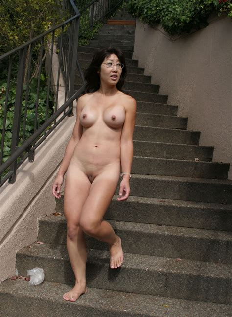 Liyong In Gallery Asian Nude In Public Picture Uploaded By Grafter On
