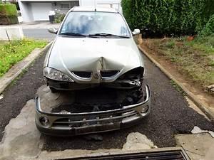 Voiture Accidenté : achat voiture megane accidente ~ Gottalentnigeria.com Avis de Voitures