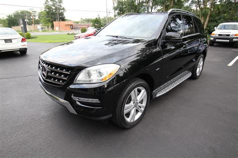 Mercedes proves that more is more. 2012 Mercedes-Benz M-Class ML350 4MATIC SUPERB LOADED REAR TV''S ENTERTAINMENT Stock # 20125 for ...