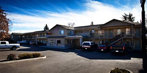 guesthouse inn yakima washington hotel yakima