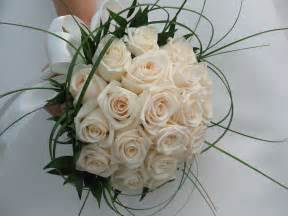 flower arrangements for weddings wedding flowers bouquet and arrangements wedding guidelines