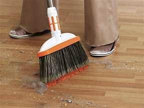 The Best Brooms for Hardwood Floors 2018 (Updated)