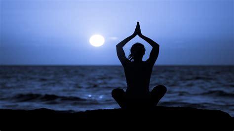 moon flow  playlist    lunar phase yoga