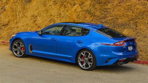 How Much To Lease A Kia by You Can Lease A New Kia Stinger For 299 A Month