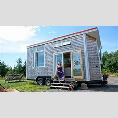 Woman Spends 3 Years Living In A Modern, Off Grid Tiny