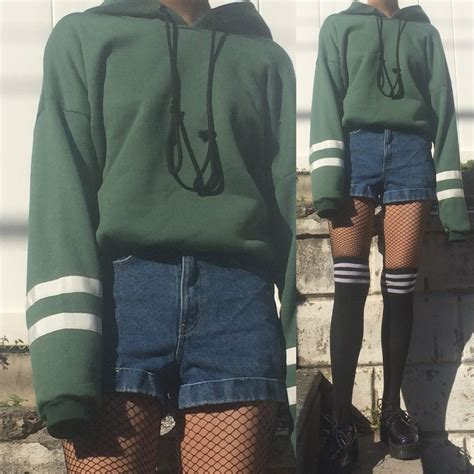 LIMITED ITEM - 90S VINTAGE GRUNGE GREEN OUTFIT -TWO WHITE SRIPED u2013 kokopiecoco