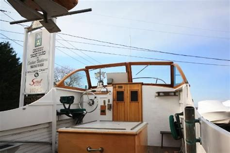 Boats For Sale Osterville Ma by Used 1957 Crosby Yacht Yard Inc 24 Striper Osterville