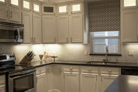 kitchen backsplash with cabinets carrara marble backsplash homesfeed