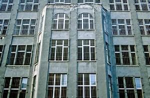 Fenster Mit Gitter : fenster mit gitter an der ehemaligen berliner mauer bild vom dia aufnahme oktober 1992 ~ Sanjose-hotels-ca.com Haus und Dekorationen