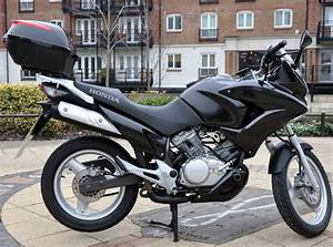 Honda Xl 125 : honda honda xl varadero 125 moto zombdrive com ~ Medecine-chirurgie-esthetiques.com Avis de Voitures