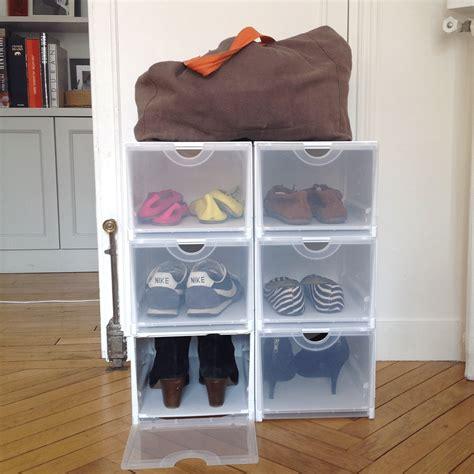 boîte rangement chaussures plastique empilable