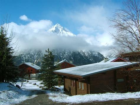 chalet aux deux alpes location chalet 2 alpes 233 t 233 hiver chalet preneleyre aux 2 alpes 12 14 personnes