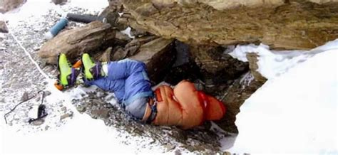 crazy facts  mount everest   knew