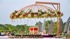 mandap-decoration-fabric-flowers Fabric and Flowers