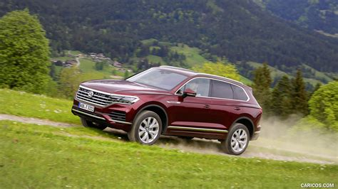 volkswagen touareg atmosphere  road hd