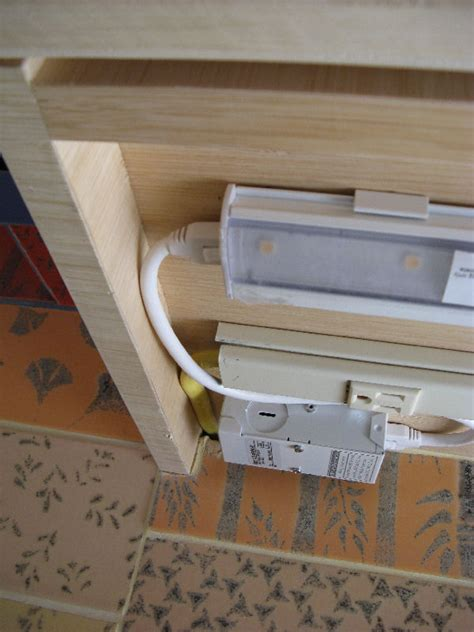 under cabinet outlet box tick tick tick plugmold