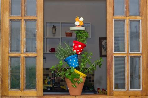 Diy Vertical Herb Garden Made Of Pots-cute Idea For Your